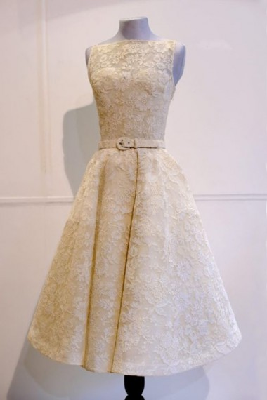 A-Line Bateau Tea-Length Champagne Lace Homecoming Dress