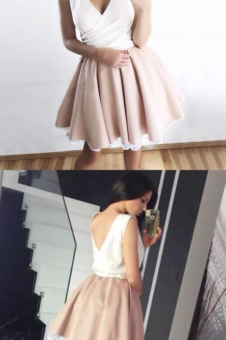 A-Line Deep V-Neck Light Champagne Short Homecoming Dress 952